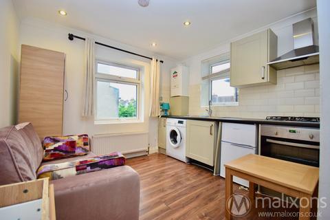 Studio to rent - Upper Tooting Road, SW17