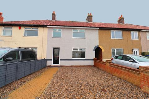 3 bedroom semi-detached house for sale - Milner Road, Bridlington