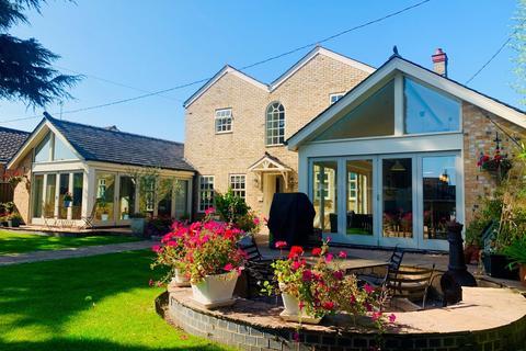 4 bedroom detached house for sale - Willingham Road, Over