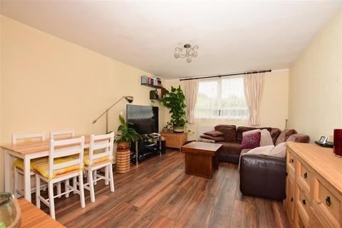1 bedroom ground floor flat for sale - Thornton Place, Horley, Surrey