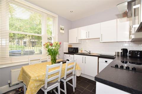 3 bedroom ground floor flat for sale - St. Peters Road, Margate, Kent