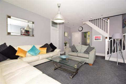 3 bedroom ground floor flat for sale - St. Peters Road, Broadstairs, Kent
