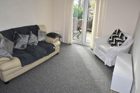 2 bedroom flat to rent - Beechwood Road (Residential), Uplands,