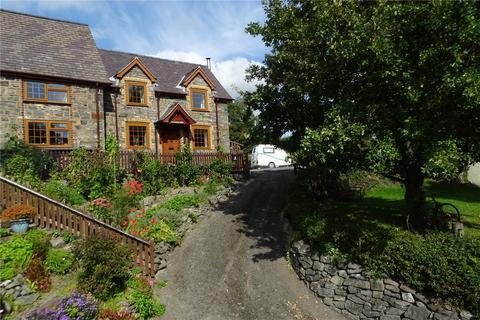 3 bedroom semi-detached house - Trefeglwys, Caersws, Powys, SY17