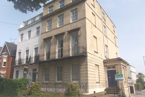 Studio to rent - Flat 2A Devonshire House, 89 Bath Road, Cheltenham, Gloucestershire, GL53