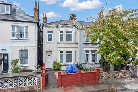 3 bedroom semi-detached house for sale - Brenda Road, London SW17