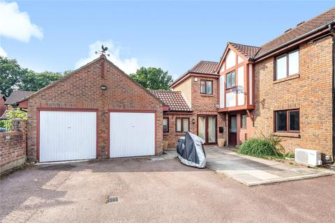 4 bedroom detached house for sale - Carlton Tye, Horley, Surrey, RH6