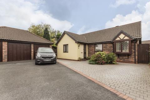 3 bedroom bungalow for sale - Heol Penycae, Swansea - REF# 00010692
