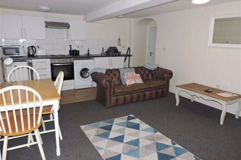 1 bedroom flat for sale - New Street, St. Davids, Sr Davids