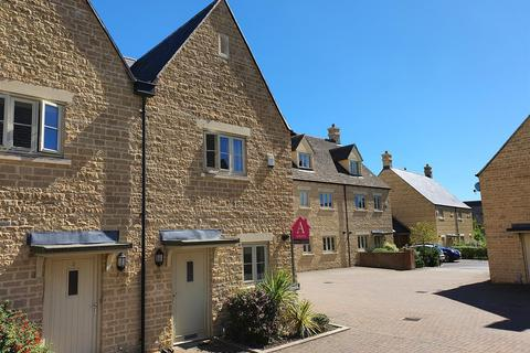 2 bedroom end of terrace house - Brewin Close - Kingshill Meadow - Cirencester - GL7