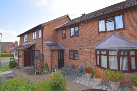 3 bedroom terraced house for sale - Patterson Close, Frimley, Camberley, GU16