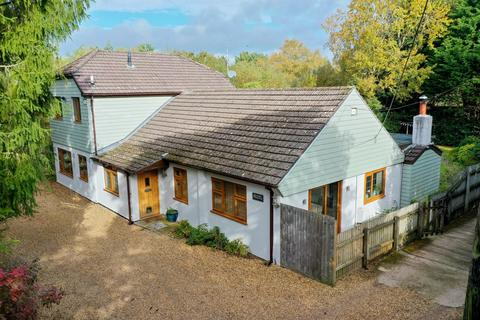 5 bedroom detached house for sale - Grange Road, St Leonards, Ringwood, BH24