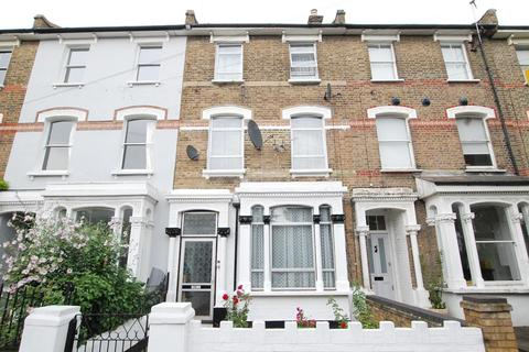 4 bedroom terraced house - Romilly Road, Finsbury Park