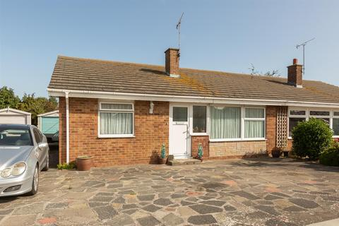 3 bedroom bungalow for sale - Marshall Crescent, Broadstairs