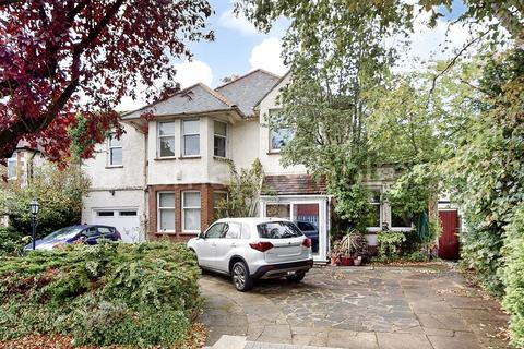 5 bedroom house for sale - Basing Hill, NW11