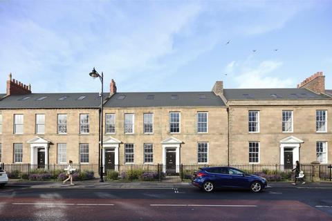 2 bedroom flat - Northumberland Square, North Shields
