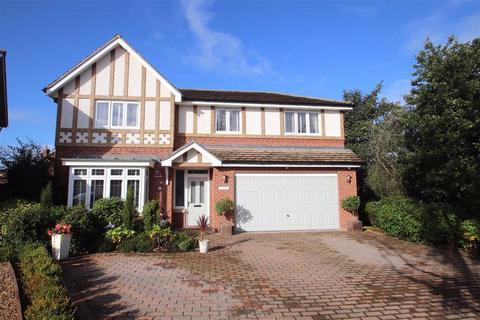 5 bedroom detached house for sale - Bradshaw Close, Wilmslow