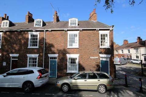 3 bedroom end of terrace house for sale - Minster Moorgate, Beverley