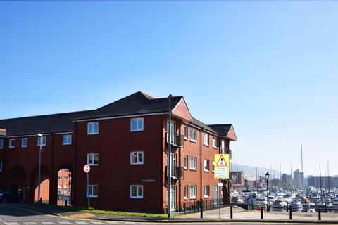 2 bedroom flat to rent - 6 Arethusa QuayMarinaSwansea