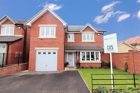 4 bedroom detached house for sale - Hawke Brook Close, Bolsover, Chesterfield