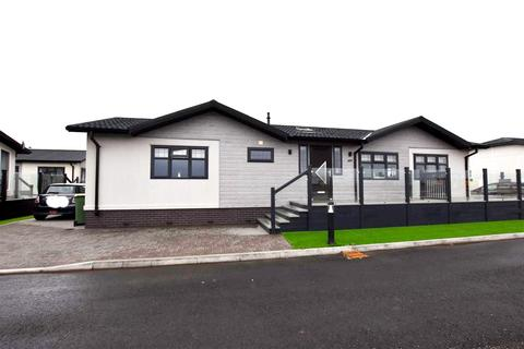 2 bedroom park home for sale - Sandy Bay, Thorney Bay Road, Canvey Island