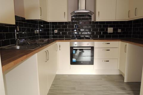 1 bedroom flat to rent - Russell Street, Willenhall, West Midlands, WV13 1QX