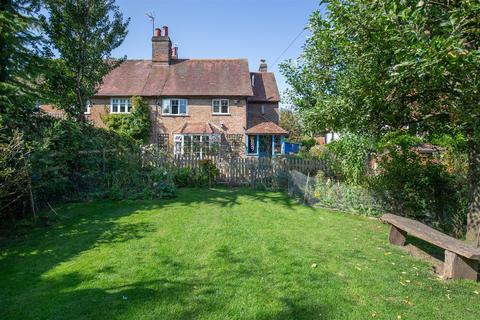 3 bedroom semi-detached house for sale - Walnut Tree Cottage, Ringshall, Berkhamsted