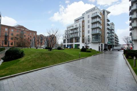 2 bedroom apartment to rent - Aegean Court, Seven Sea Gardens, Bow E3