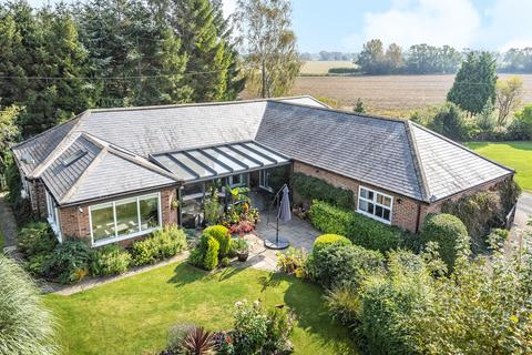 4 bedroom barn conversion for sale - Coates Hall Lodge, Hirst Road, Carlton, DN14 9PX