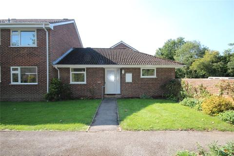 3 bedroom bungalow for sale - Kingsfield, Ringwood, Hampshire, BH24
