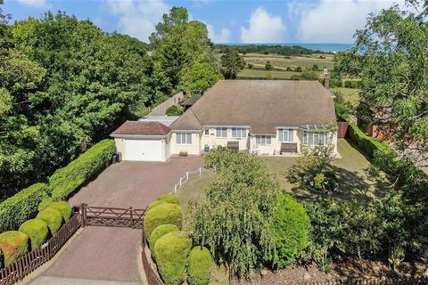 4 bedroom detached bungalow for sale - Reading Street, Broadstairs, Kent