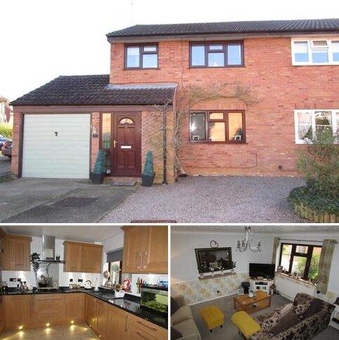 3 bedroom semi-detached house for sale - Hedgelands, Werrington, PE4