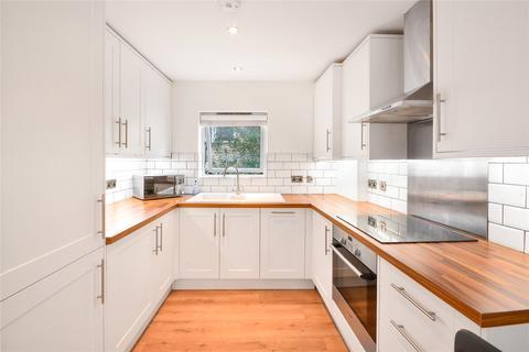 2 bedroom flat for sale - Spencer Mews, London, SW8
