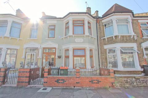4 bedroom terraced house for sale - Whyteville Road, Forest Gate, London E7