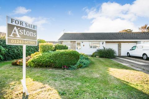 2 bedroom bungalow for sale - Merryfield, Selsey