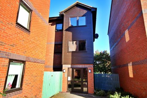 2 bedroom apartment to rent - Evans Croft, Fazeley, Tamworth
