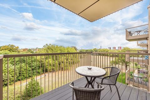 1 bedroom flat for sale - Adenmore Road, SE6