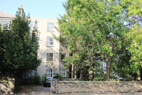 1 bedroom flat for sale - St. Johns Park, Blackheath, SE3