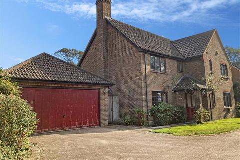 4 bedroom detached house for sale - Monastery Avenue, Dover, Kent