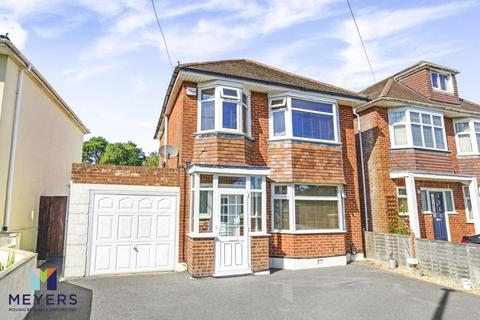 3 bedroom detached house for sale - Guest Avenue, Branksome, Poole BH12
