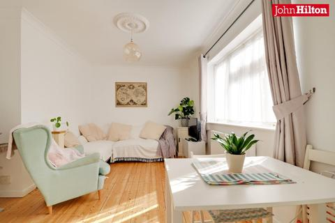 2 bedroom flat for sale - Princes Crescent, Brighton