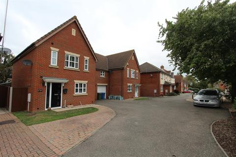 3 bedroom semi-detached house for sale - Sonora Way, Sittingbourne