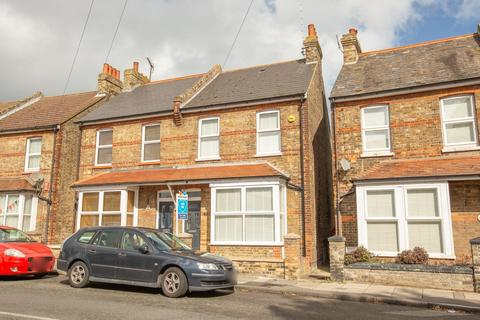3 bedroom semi-detached house for sale - Albion Road, Broadstairs