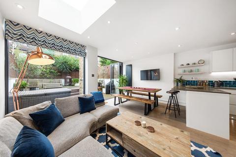 2 bedroom flat for sale - Dalberg Road, SW2