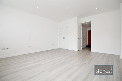 Studio to rent - Talbot Skyline, Harrow, HA2