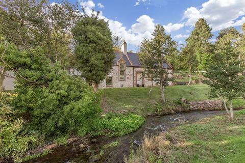 4 bedroom cottage for sale - Laverockdale Cottage, 63 Dreghorn Loan, Edinburgh EH13 0DB
