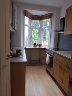1 bedroom house share to rent - Barrowell Green, Enfield
