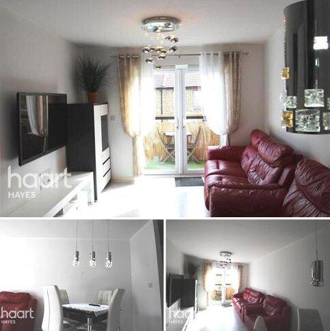 2 bedroom flat to rent - FEATHERSTONE COURT, UB2 5