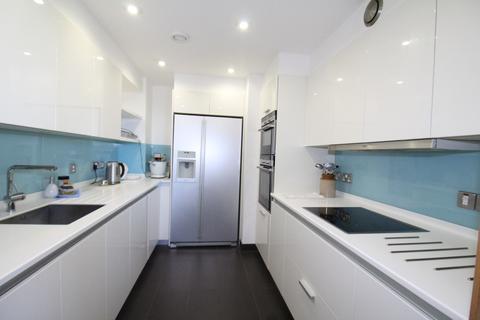 2 bedroom apartment for sale - The Hamptons, Pier Road, Gillingham, Kent, ME7
