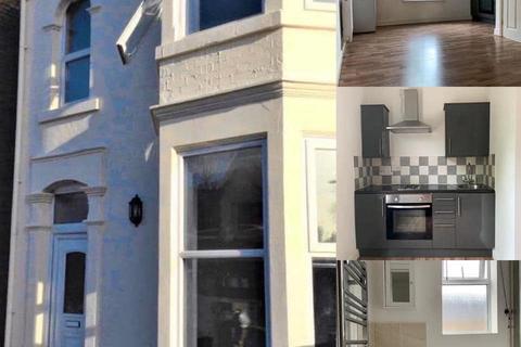 Studio to rent - Fletton Avenue, Peterborough PE2